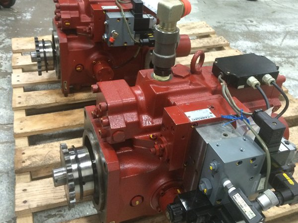 Hydraulic Pump and Cylinder Repair